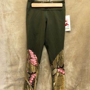NWT Pheel 50/50 yoga pants green w pink butterfly